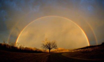 arco iris con dos extremos