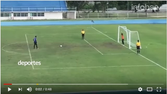 Penalti imposible, no tires la toalla